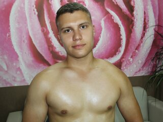 Video shows camshow SilvioJak